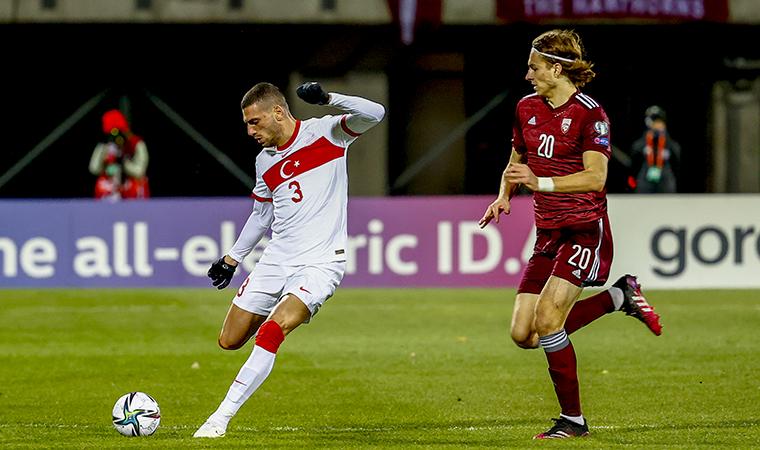<p>Bu sonucun ardından A Milli Takım, puanını 15'e çıkarırken, Letonya ise 5 puanda kaldı. A Milli Takım, Norveç'in de Karadağ'ı 2-0 mağlup etmesi sonucunda 3.sırada kaldı. Letonya ise puansız Cebelitarık'ın üzerinde ve grupta 5.sırada.</p>