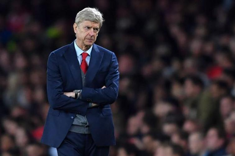"""<p>Wenger, Paris'teli katıldığı bir toplantıda """"Birçok olasılık mevcut. Bazı şeyleri gizli tutmam lazım ama hakem yönetiminde büyük bir evrim olacak."""" sözlerini kullandı.<br></p>"""