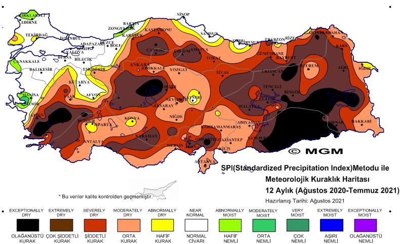 """<p><strong>HİDROLOJİK VE TARIMSAL KURAKLIK</strong></p><p>Türkiye Tabiatını Koruma Derneği bilim danışmanı Dr. Erol Kesici, Türkiye'de özellikle son iki yıldır olağanüstü, şiddetli boyutlarda yaşanan meteorolojik kuraklığın sebebi olarak göller ve derelerin kuruması ve sularının azalmasını gösterdi.</p><p>Meteorolojik kuraklığın hem hidrolojik hem de tarımsal kuraklığı doğrudan etkilediğini ve aşırı oranda artırdığını açıklayan Dr. Kesici, """"Bu üç kuraklık birbirine bağlı. Örneğin meteorolojik kuraklık olunca doğal göller, göletler ve nehirlerde suya artan taleple birlikte sularımız aşırı kullanımla azalmaktadır. Hidrolojik kuraklık göller, göletler ve derelerde suların azalmasına, ülkemizde yaşanmakta olan tarımsal kuraklığa neden olmaktadır. Yer altı ve yer üstü su kaynaklarımızı besleyen dere ve nehirlerin önüne gölet yapılmasından vazgeçilmelidir. Bu ısrar doğal göllerimiz, ana su kaynaklarımızın kurumasına neden olmaktadır"""" dedi.</p>"""