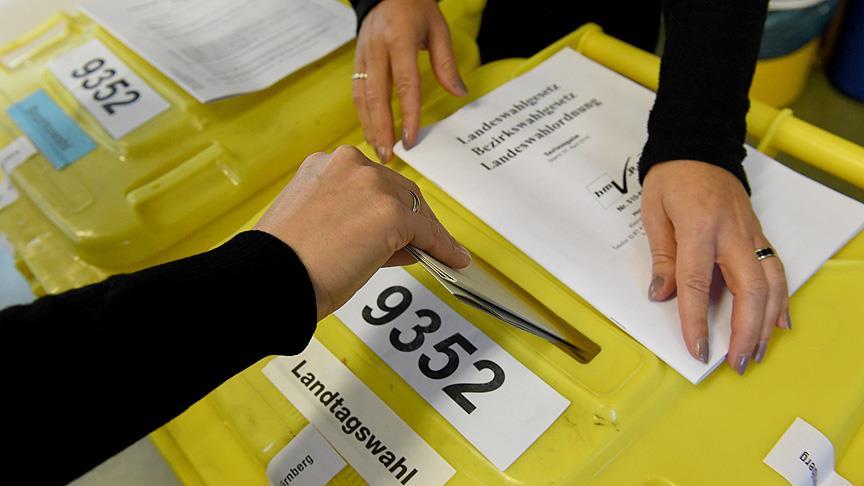 <p>SPD-S&amp;D: 25%</p><p>CDU/CSU-EPP: 25%</p>