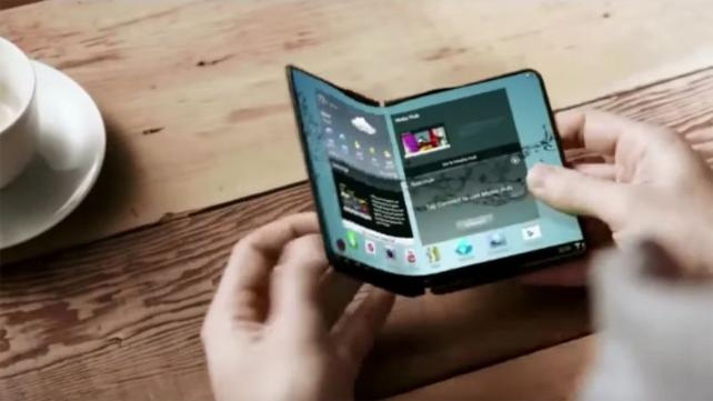 samsung galaxy s8 news and release date s8 to launch alongside galaxy x foldable Samsung Katlanabilir ekranlı telefon yolda