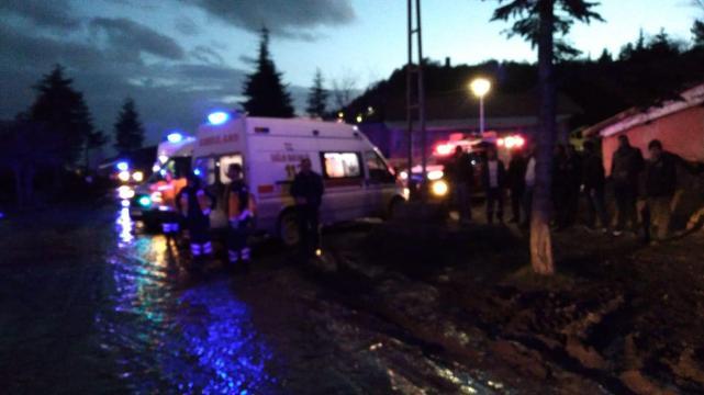 Amasya Haberleri: Amasyada maden ocağında göçük: 4 işçi kurtarıldı 23