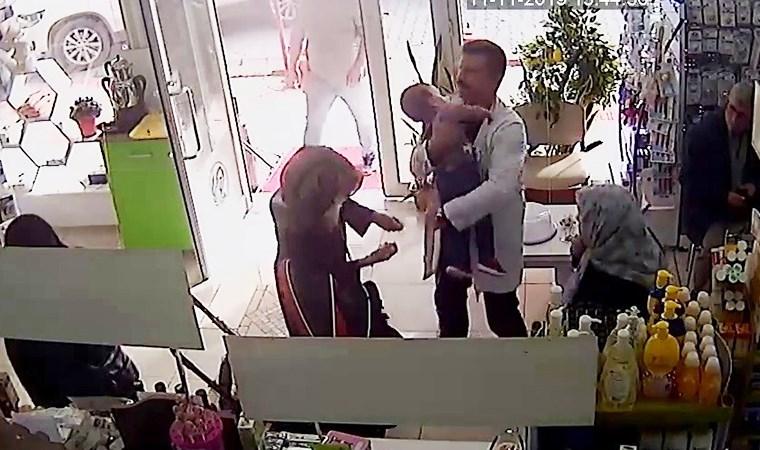 Şişe kapağını yutan çocuğu eczacı kurtardı