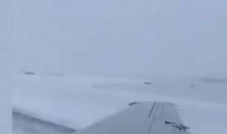 Uçağın pistten çıkma anı yolcu kamerasında