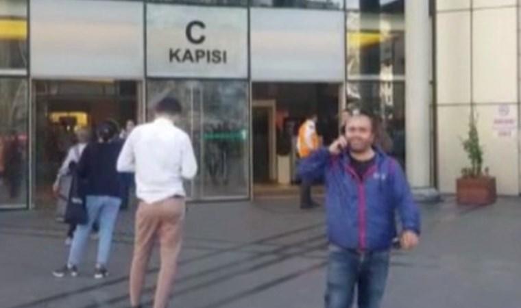 İstanbul'da AVM'de korku dolu anlar! Çok sayıda ekip sevk edildi