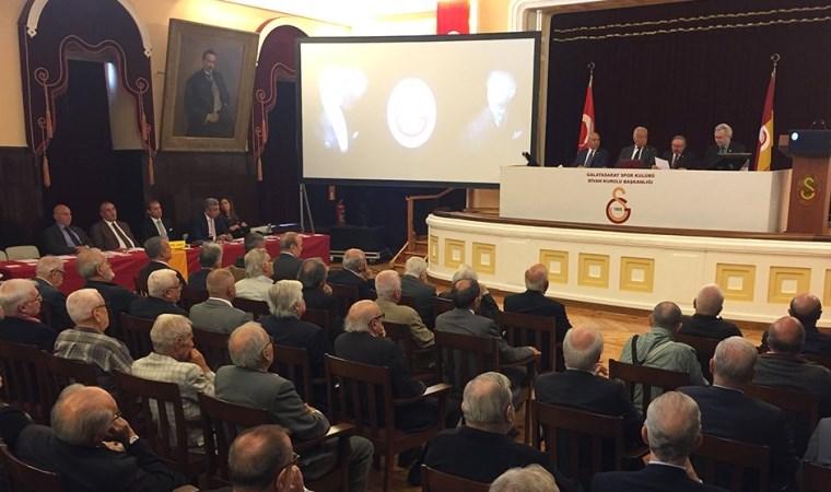 Galatasaray divanında karşılıklı sataşmalar