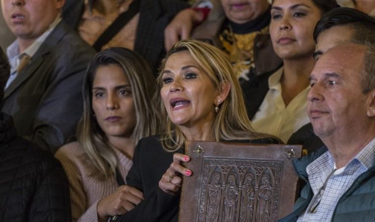 ABD'den Bolivya'daki 'geçici devlet başkanı'na tebrik
