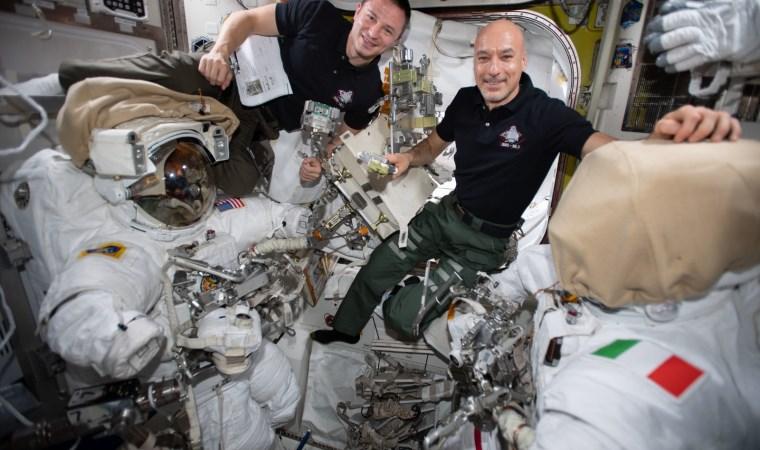 NASA: 2 astronot şimdiye kadarki en karmaşık uzay görevine başladı