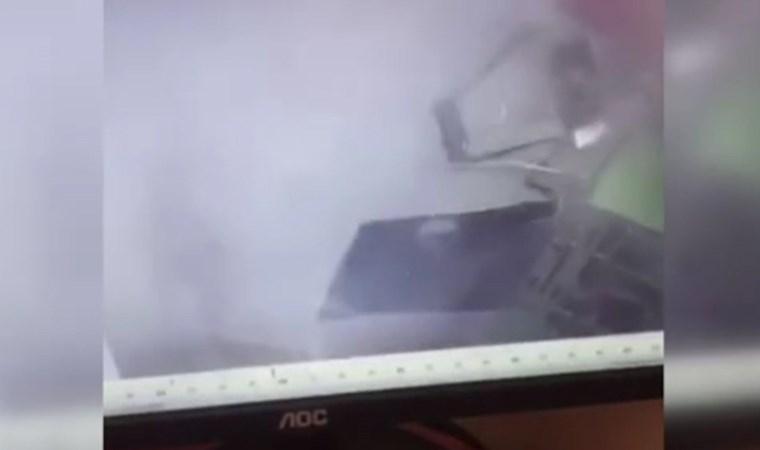 Hırsızlar, ATM'yi bombayla havaya uçurdu