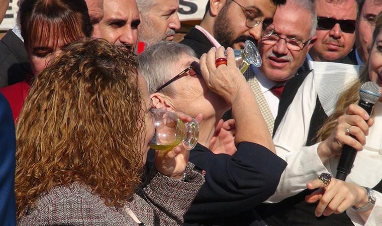 Canan Karatay, zeytinyağı içip, faydalarını anlattı
