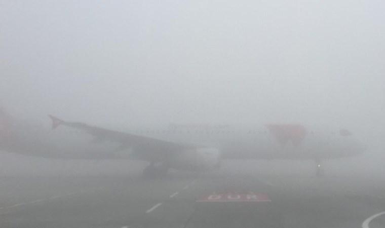 İstanbul Havalimanı'nda göz gözü görmüyor