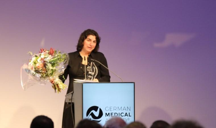 Almanya'da Yılın Doktoru ödülü Dilek Gürsoy'a