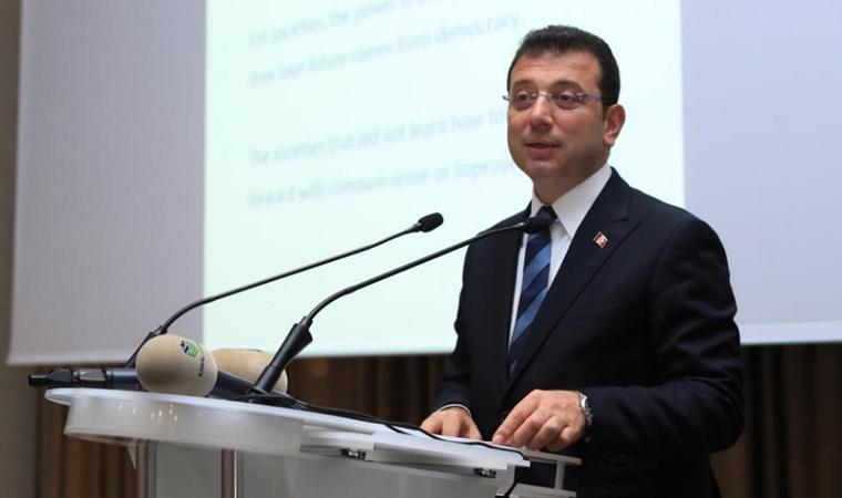 """İmamoğlu, Sarıyer Belediyesi'nin düzenlediği """"Yeni Yıl Yemeği'ne katıldı"""