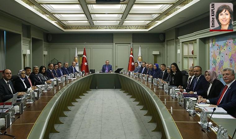 AKP MYK'de 'vitrin' tartışması