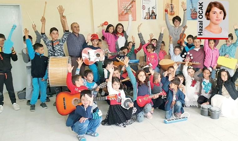 Çocuklar müzikle mutlu olsun diye