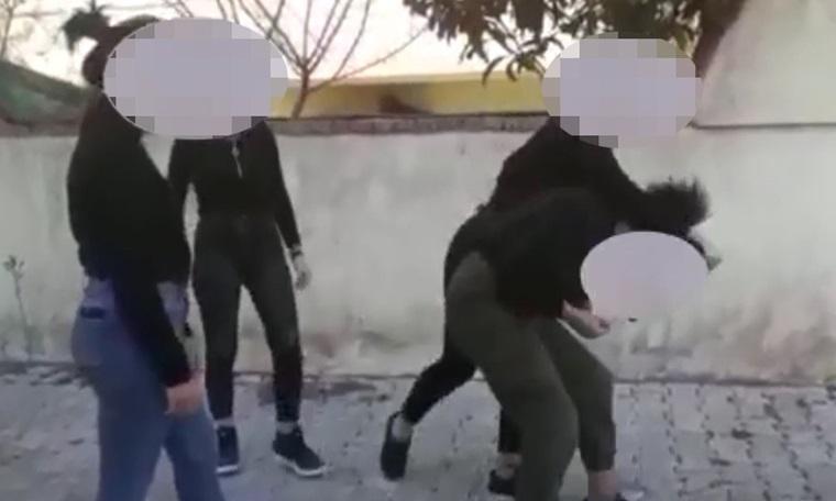 Öğrencilerin feci kavgası