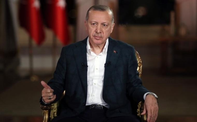Cumhurbaşkanı Erdoğan'dan Başakşehir'e açık destek