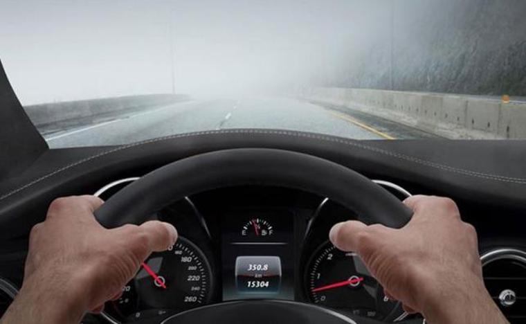 Avrupa Parlamentosu otomobiller için zorunlu hız sınırlama sistemini onayladı