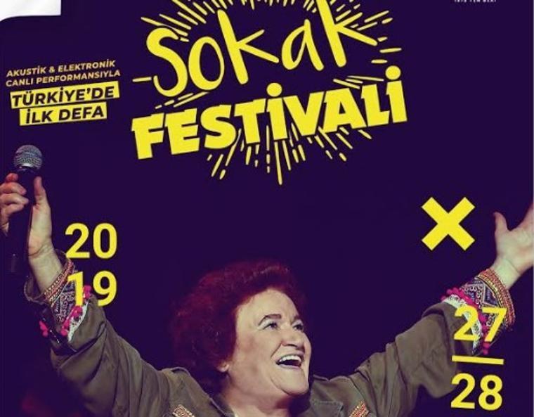 Selda Bağcan Türkiye'de bir ilki gerçekleştiriyor