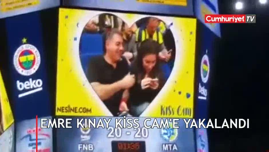 İyi Parti adayı Emre Kınay Kiss Cam'e yakalandı