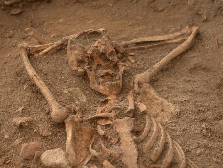 """""""Herhalde keyfine düşkün biriydi""""... Arkeologları şaşırtan iskelet"""