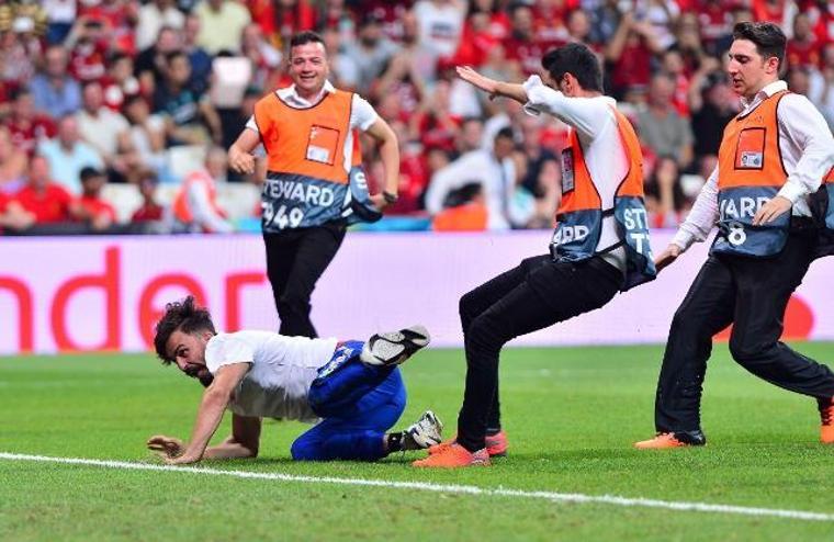 Süper Kupa finalinde sahaya giren Youtuber için karar belli oldu