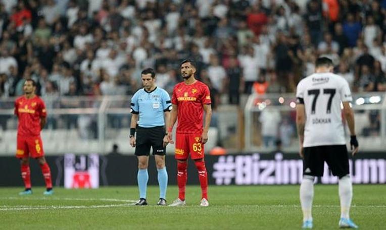 Beşiktaş - Göztepe maçında Emine Bulut için sessiz protesto