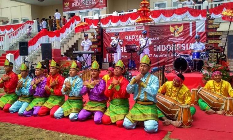 Endonezya 74 yıldır bağımsız