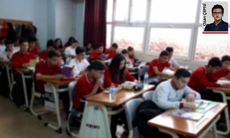 Okullarda ortak etkinlik öğrencileri kaynaştırdı