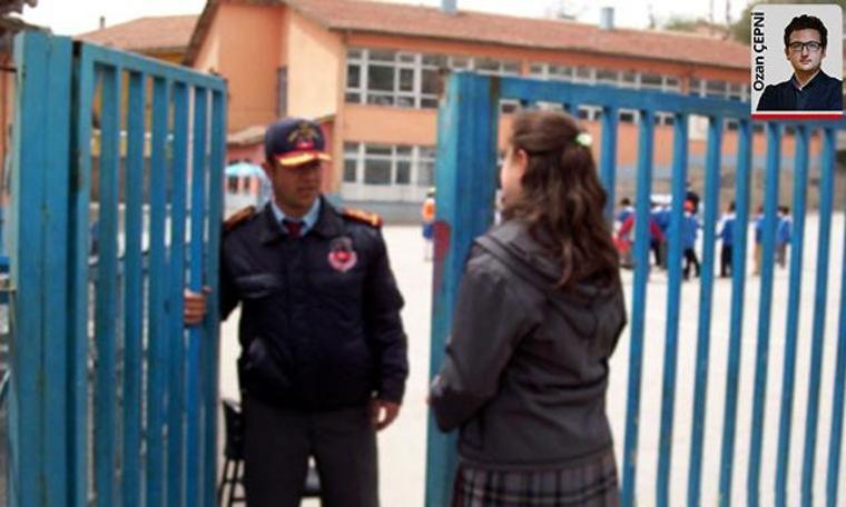 İşsiz, okul güvenliğini sağlayacak