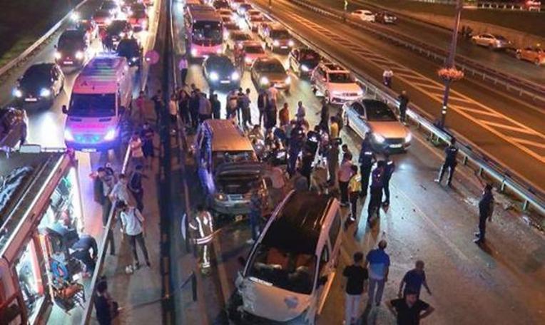 Şirinevler'de feci kaza: Ölü ve yaralılar var