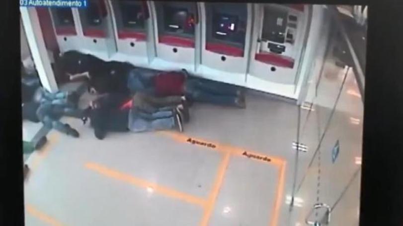 Brezilya'da film gibi banka soygunu