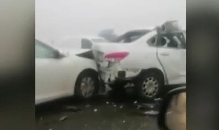 Rusya'da 20 aracın karıştığı zincirleme kaza