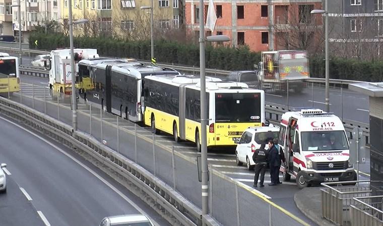 Metrobüste kaza!