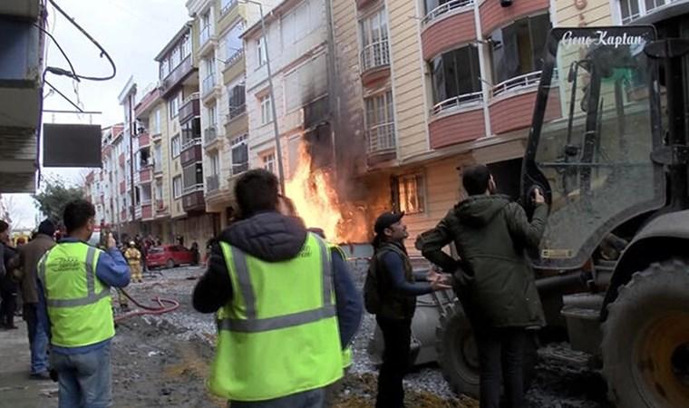İstanbul'da hareketli anlar! Alevler metrelerce yükseldi