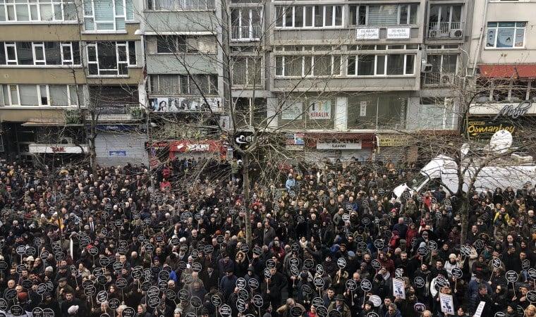 Hrant Dink vurulduğu yerde anıldı