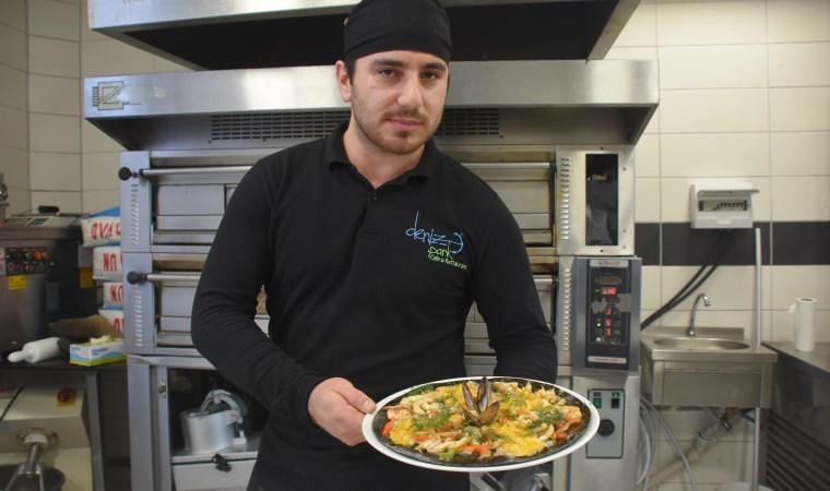 İzmir'de pizzalar karardı, müşteriler şaşırdı