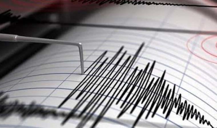 Manisa Valisi'nden deprem açıklaması