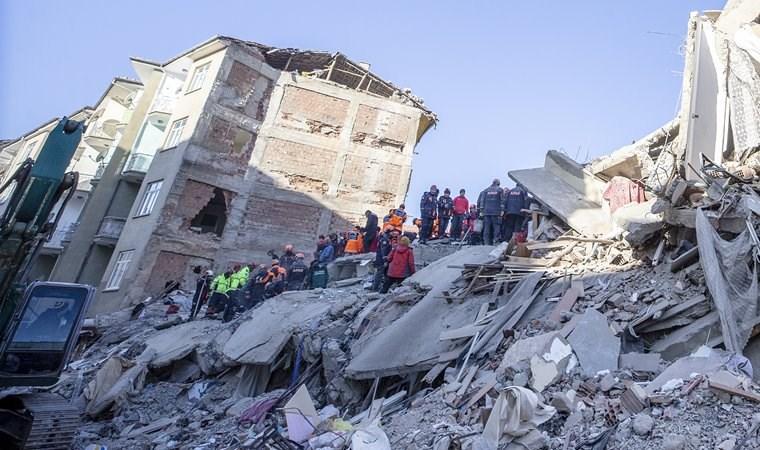 Deprem sonrası 274 artçı sarsıntı