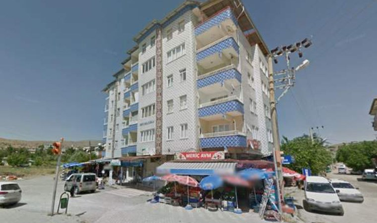 Yıkılan Mavi Göl Apartmanı'na ilişkin ihmal iddiası