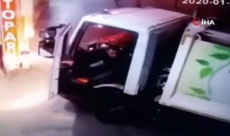 Depreme araçlarında yakalanan sürücülerin panik anları kamerada