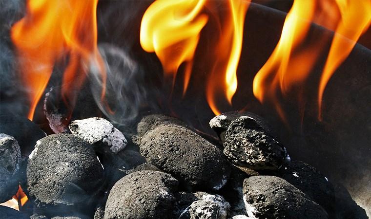 'Yatarken yanan sobaya kömür atmak ölümcül sonuç doğurabilir'