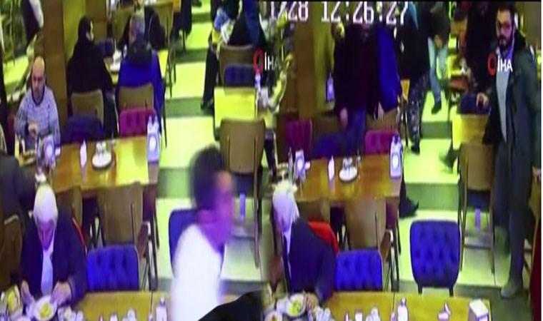 Manisa'da deprem anı kamerada