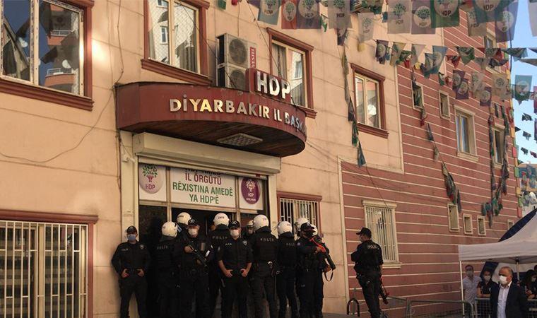 HDP Diyarbakır il ve ilçe binalarına operasyon