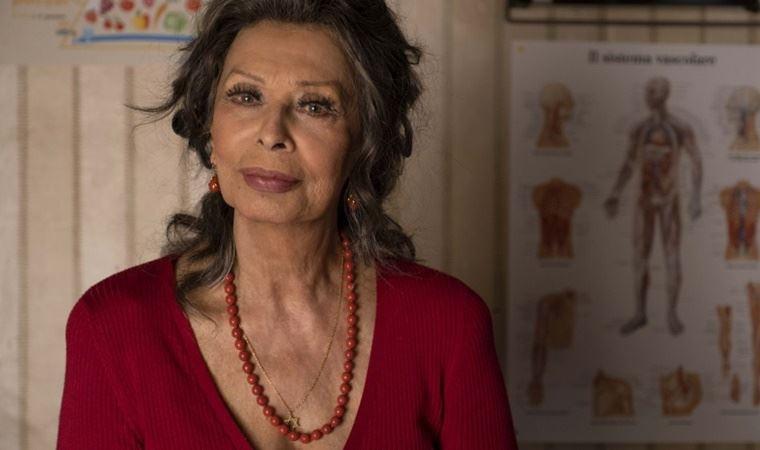 Sophia Loren'in sinemaya geri döndüğü 'Onca Yoksulluk Varken' filminden fragman yayımlandı