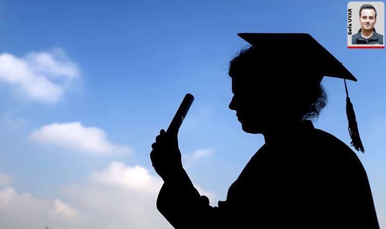 Kadın üniversitelerinin 2021 programında yer almasına tepki