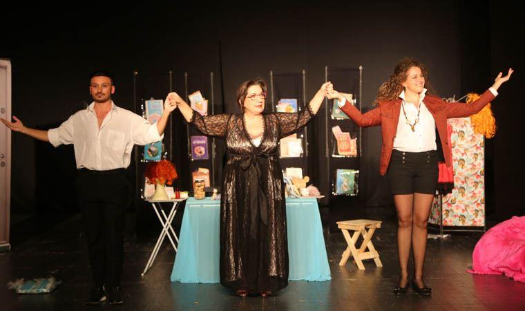 Füsun Demirel, 'Şişman Güzeldir' ile Maltepe'de sahne aldı