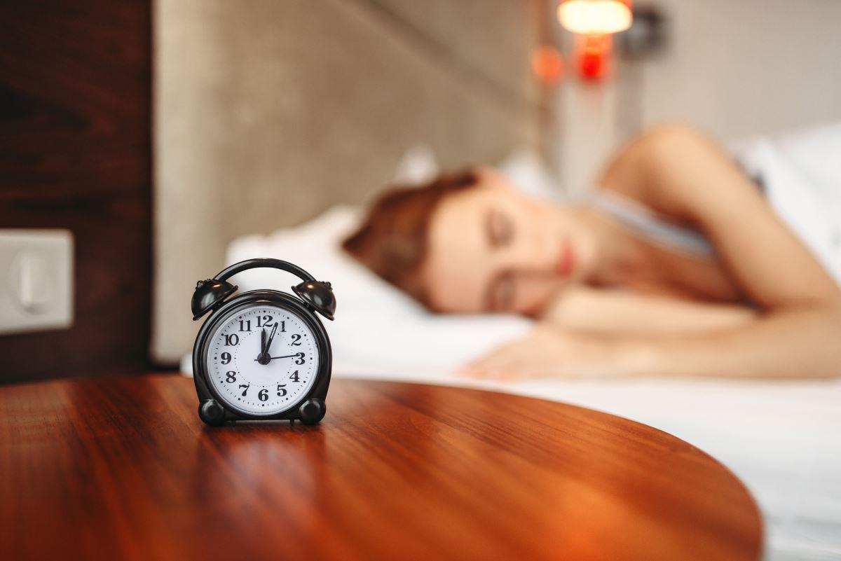 183508524 alarm clock 45682831920