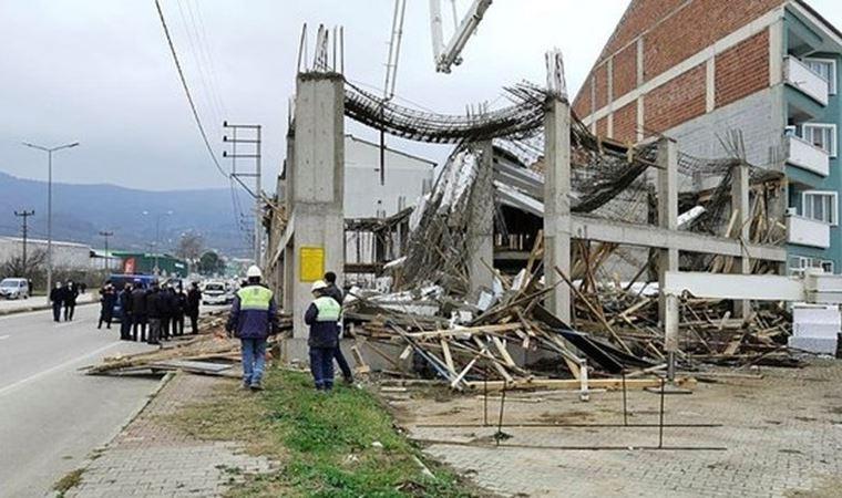 Bursa'da beton dökümü sırasında inşaat kalıbı çöktü: 4 yaralı