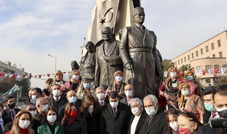 """Atatürk'ün Ankara'ya gelişinin anısına yapılan """"27 Aralık Kızılca Gün  Anıtı"""" açıldı"""